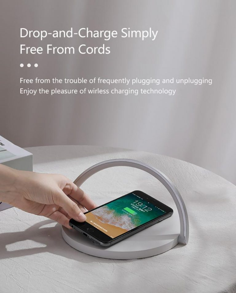 Fast Qi Wireless Charger Table Lamp for iPhones & Androids